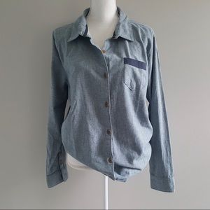 The North Face Womens Denim Style Button-up XL NWT